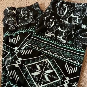 🧚‍♂️3 for $15!! Black & Teal Aztec Leggings BNWT!
